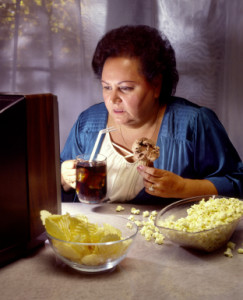 Eating too much at night- How to combat the reasons why you don't lose belly fat!